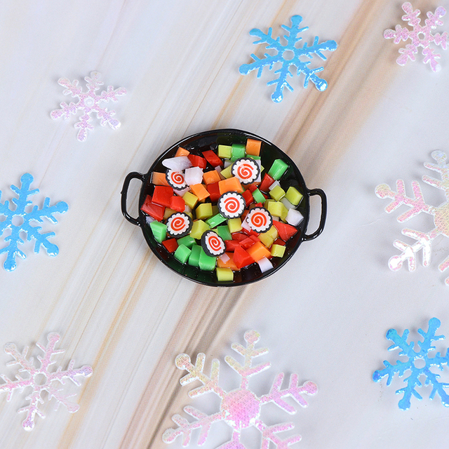 1:12 Dollhouse Resin Mini Wok Meal Sushi Vegetables Candy Food Kitchen Toy For Forest Animal Family Collectible Kids Gift