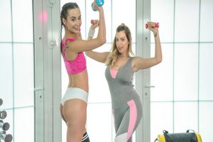FitnessRooms  Freya Dee, Marica Chanelle  Italian fitness blogger fucks nymph
