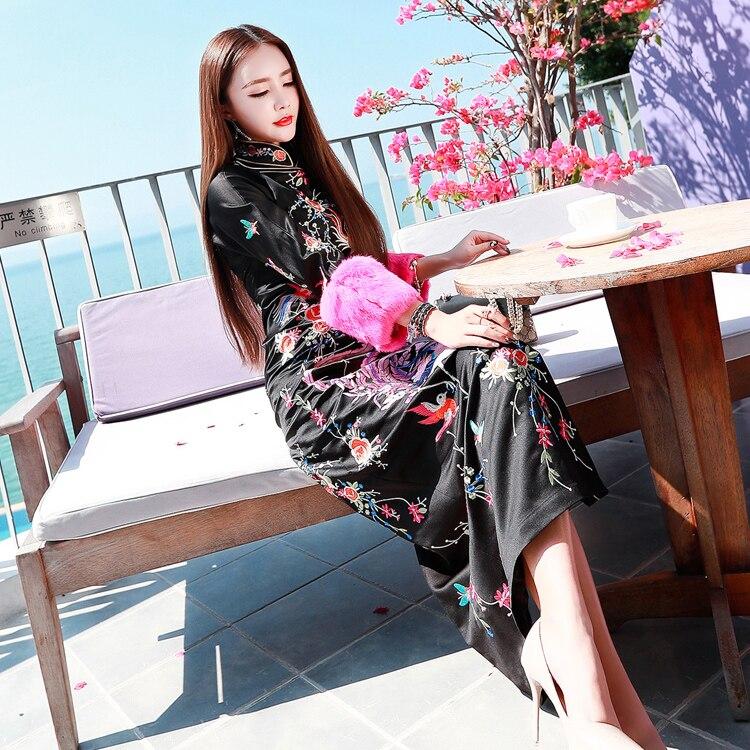 Robe en soie annuelle Phoenix brodé cheongsam longue femmes robe super star style chinois préféré haute qualité élégant asie