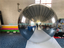 купить Giant inflatable mirror ball, PVC inflatable reflective ball, can be used for advertising display дешево