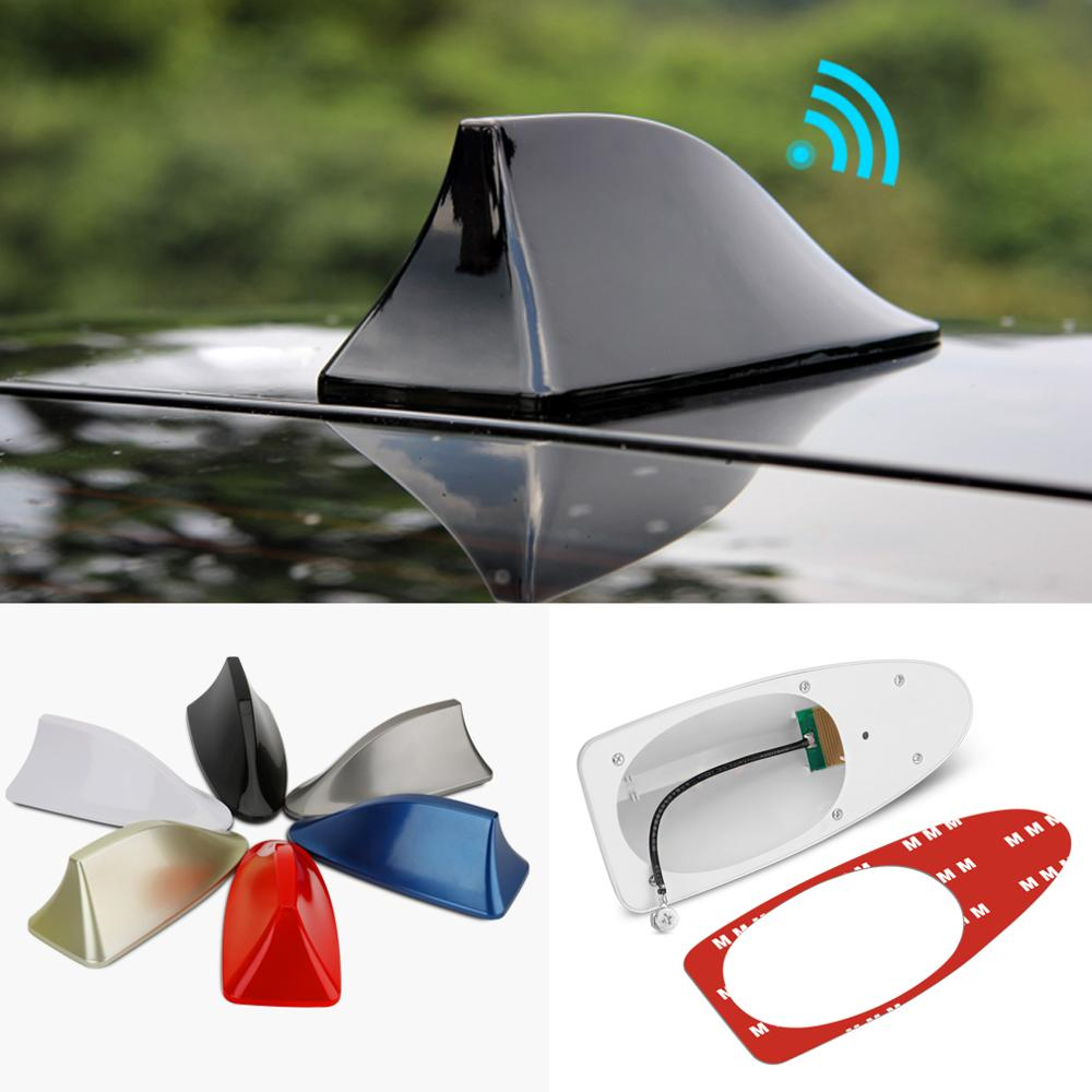 White Universal Car Shark Fin Style Antenna Waterproof FM//AM Signal Aerials
