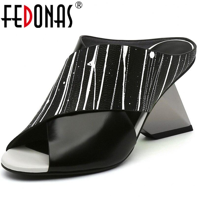 FEDONAS Shallow Fashion Thick Heels Pumps Genuine Leather Peep Toe Women Sandals 2020 Summer Night Club Slingbacks Shoes Woman