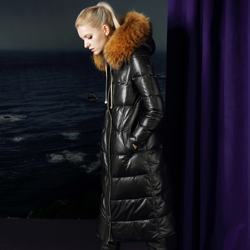 Winter Warm Thick Real Sheepskin Leather Duck Down Furry Recoon Dog Fur Collar Women Quality Coat 15961 MF319