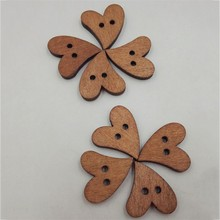 2019 100pcs Lovely Peach Heart Shape Bottons Painting Wood Many Color 2-Holes Button Flatback Diy Childrens Clothes Accessories