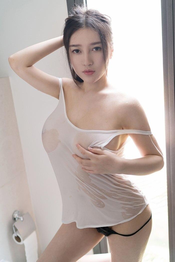 【壁纸分享】狐仙女友恩一双双巨乳诱惑 13P