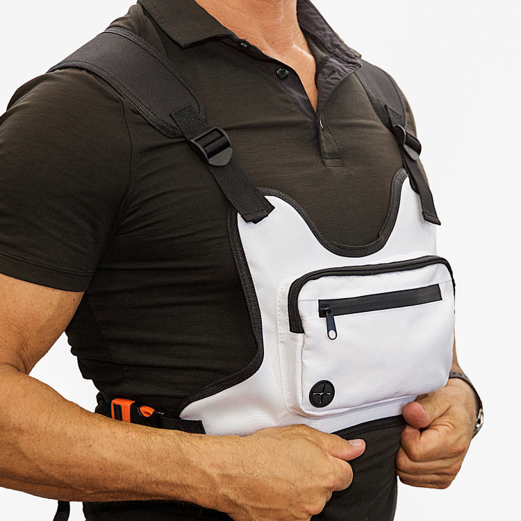 Outdoor Chest Mobile Phone Night Package Running Sports Waist Pack With Headphone Jack Reflective Chest Tactical Bag