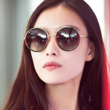New Style Red And Green Joint Sun Glasses Ni Section of Small Bees Retro Sunglasses Colorful Mercury Trend Versatile Glasses(China)