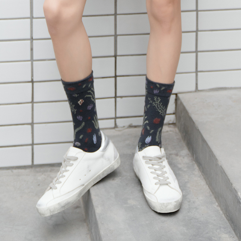 Floral Print Cotton Women Socks Autumn Winter Midi Sock Harajuku Funny Breathable Sock Woman in Socks from Underwear Sleepwears