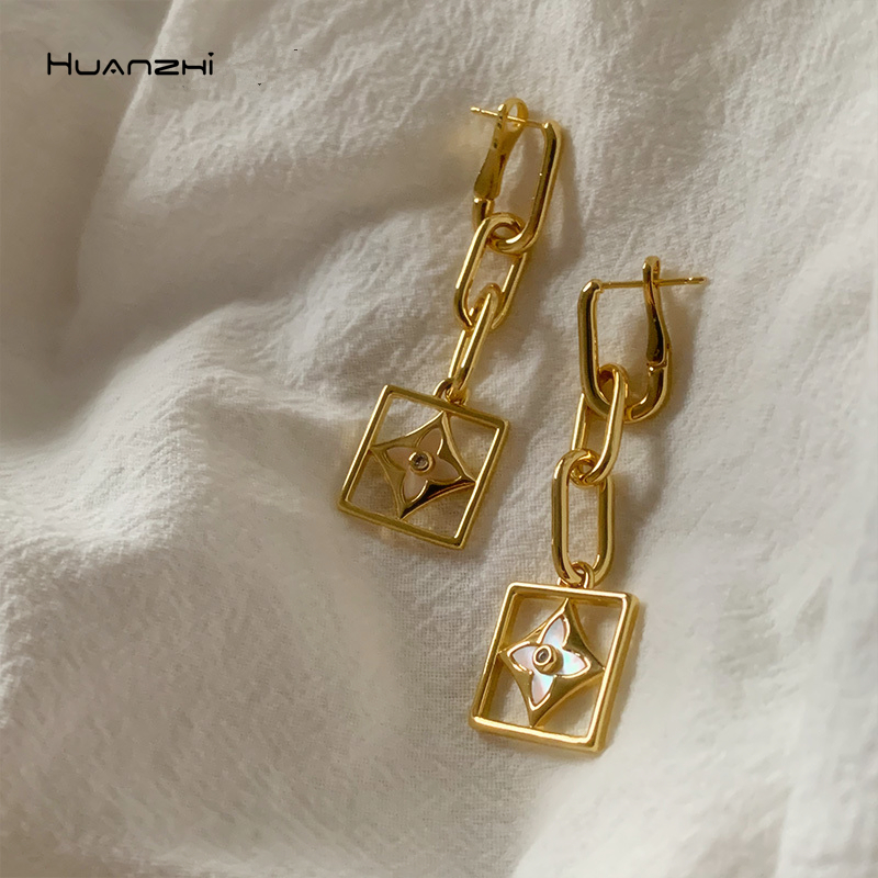 HUANZHI 2020 Metal Floral Statement Drop Earings Geometric Chain Square Shell Rhinestones Jewelry Women Punk Gold Earring