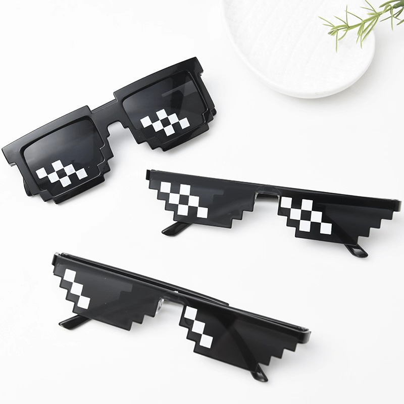 Hot 5 color Fashion Sunglasses Kids cos play action Game Toy for children gifts New Square Glasses with EVA case Toys image