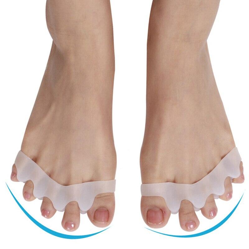 Toe Separator Correction Hallux Valgus Corrector 2PCS Silicone Orthopedic Hammer Separator Straightener Spreader Foot Care Tool
