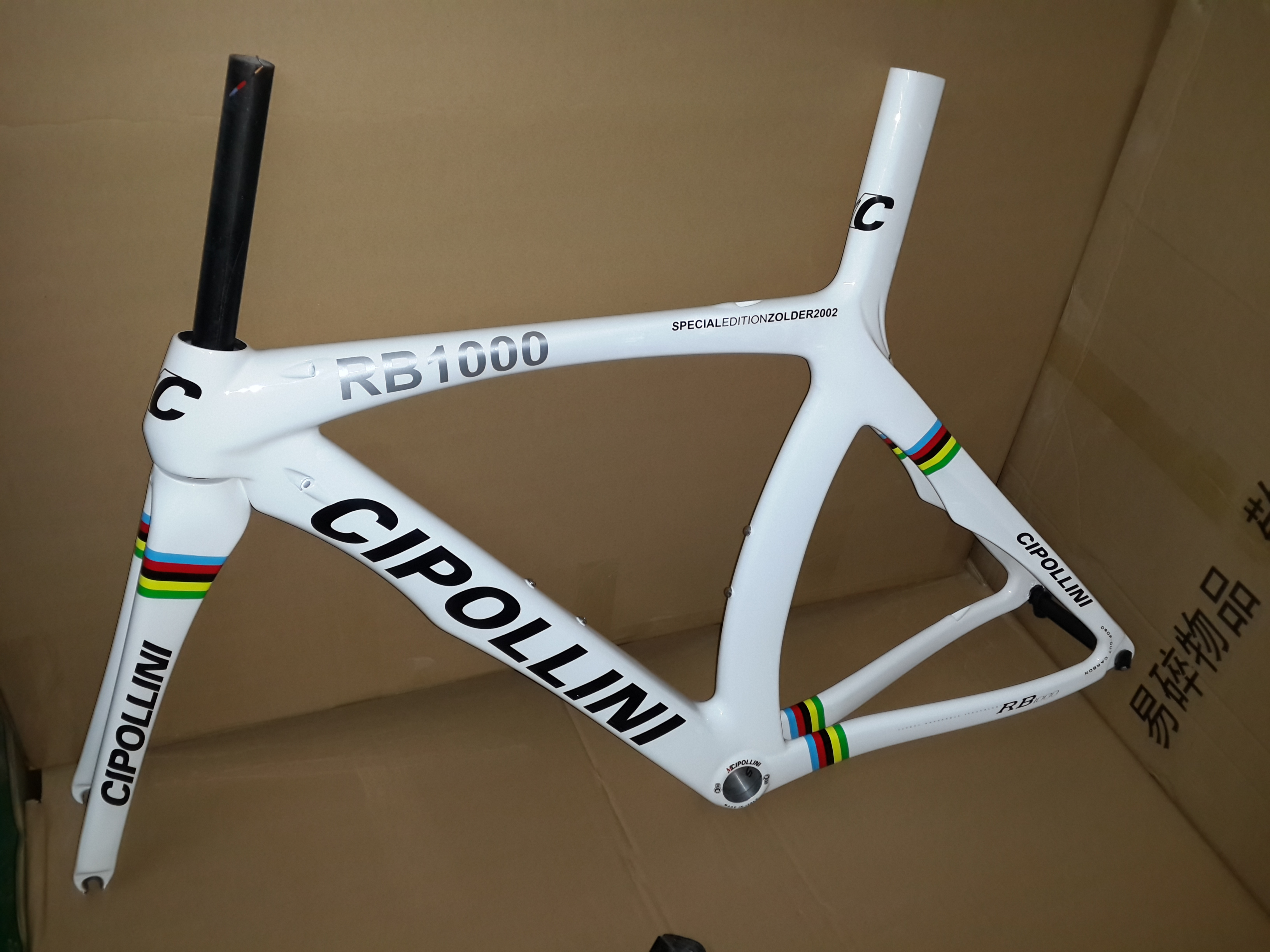 New White Colors 700C Road Bike T1000 UD 1K Full Carbon Fibre Carbon Bicycle Frame Carbon Fork+seatpost+clamp+headsets Free Ship