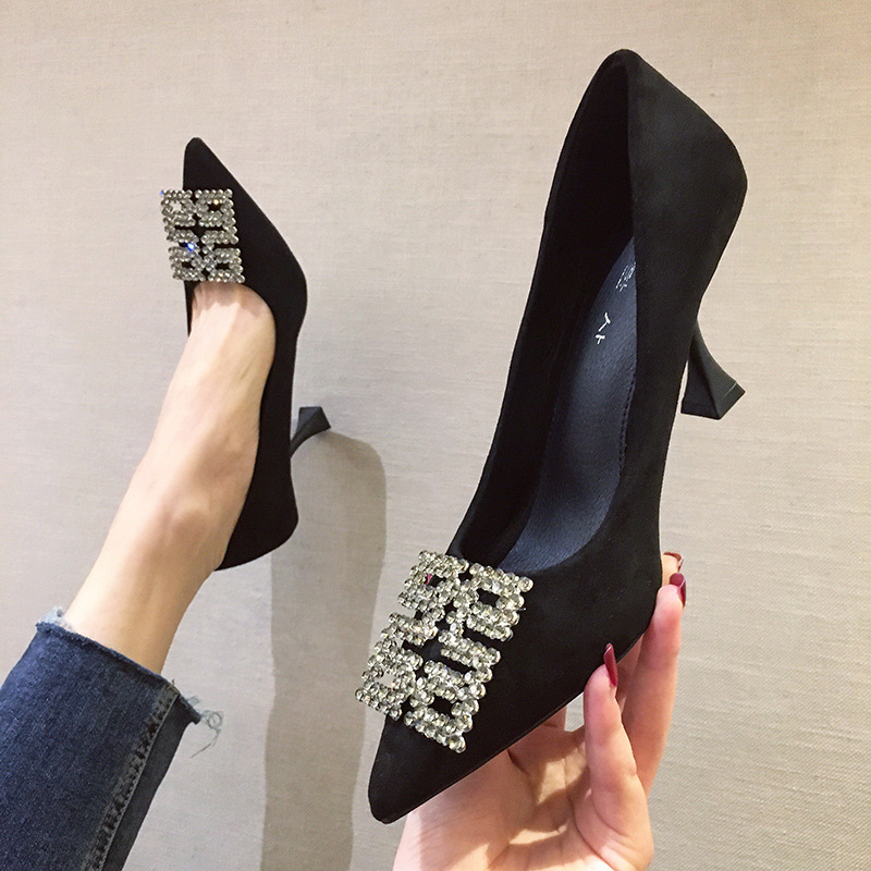 2020 New Fashion Metal Belt Buckle Office Shoes Women's Concise Solid Flock Shallow High Heels 7cm Shoes Pointed Toe Women Pumps