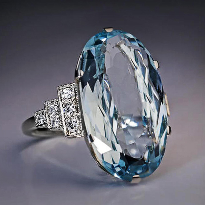 Huitan Female Light Sky Blue Wedding Ring Solitaire Band Oval Stone Engage Party Women Luxury Jewelry Shine CZ Stone Best Gift