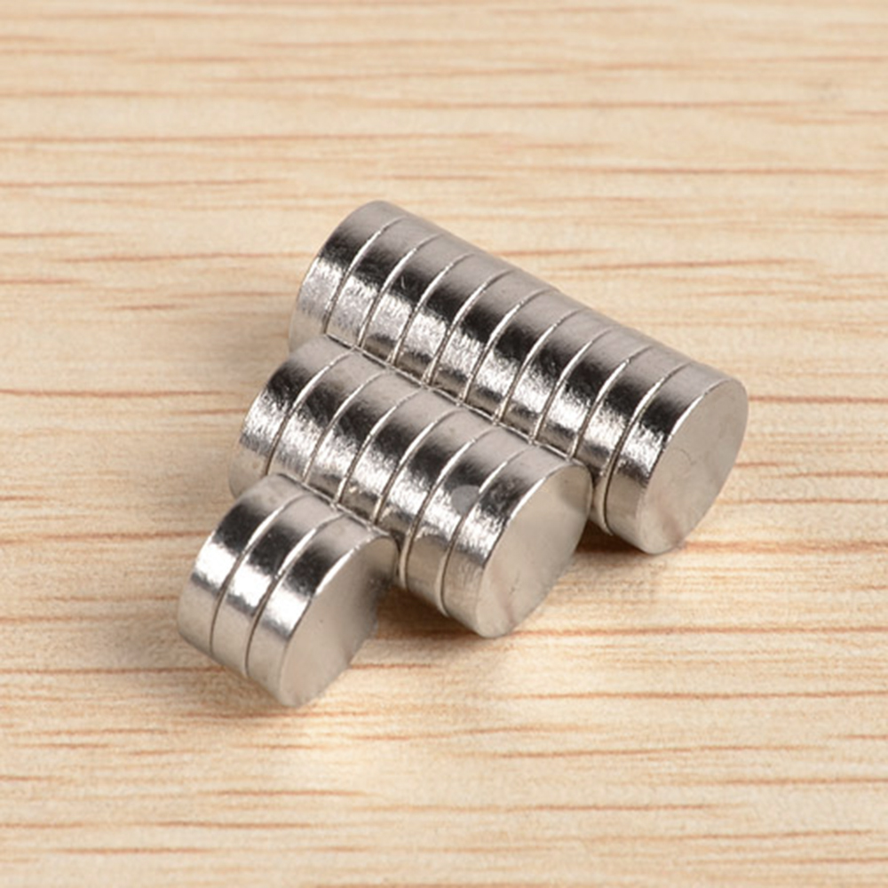 20pcs Multi-use 8x2mm N40 Strong Round Disc Rare Earth Neodymium Magnets for Refrigerator DIY Craft Scientific and Office
