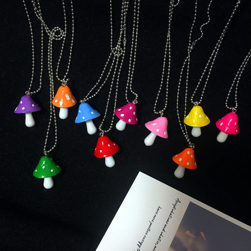 New Fashion Resin Cartoon Imitation Mushroom Pendant Necklace For Women Men Colorful Simple Cute Charm Necklaces Jewelry Gift