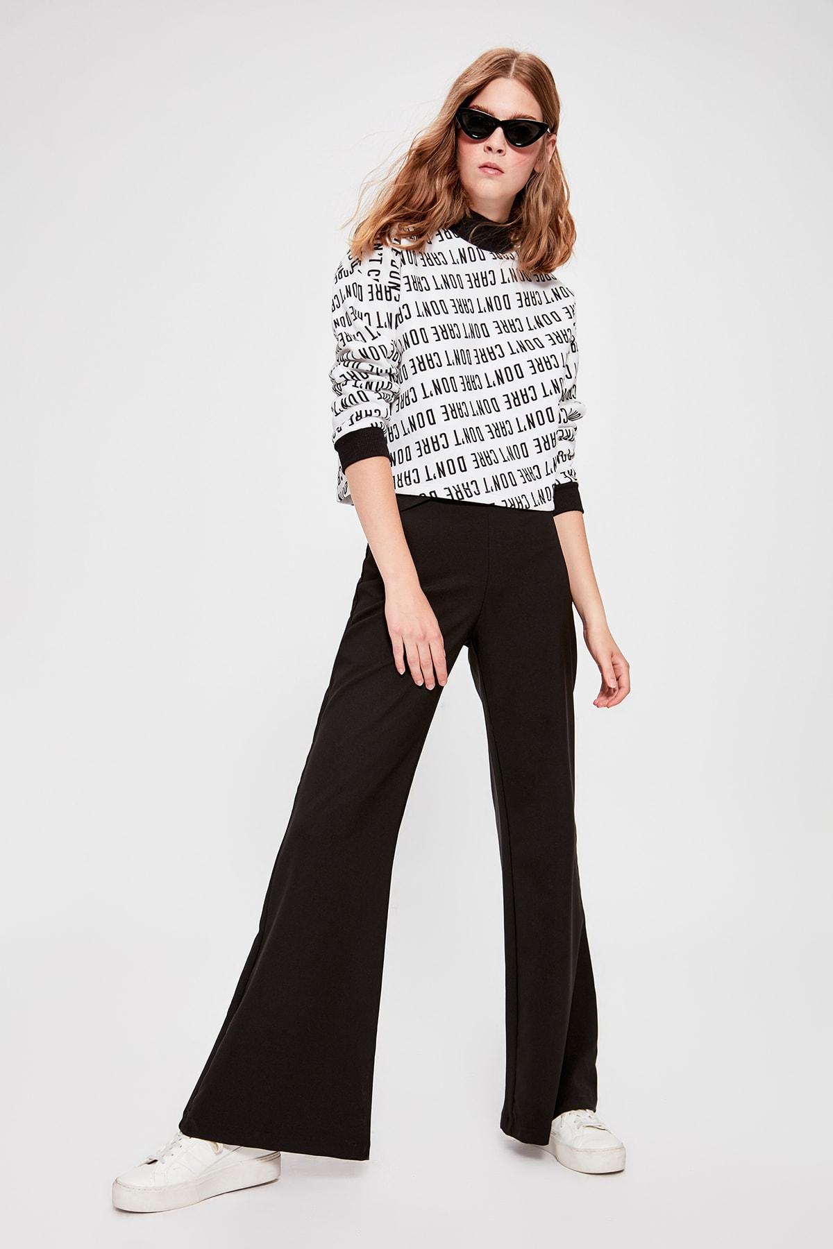 Trendyol Black Spanish Bell-Bottomed Pants TWOAW20PL0329