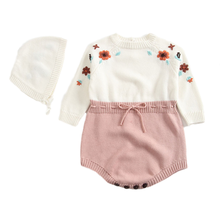 2020 Herfst Baby Body Gebreide Hoeden Pure Handgemaakte Geborduurde Siamese Kleding Meisje Driehoek Klimmen Jas En Hoed