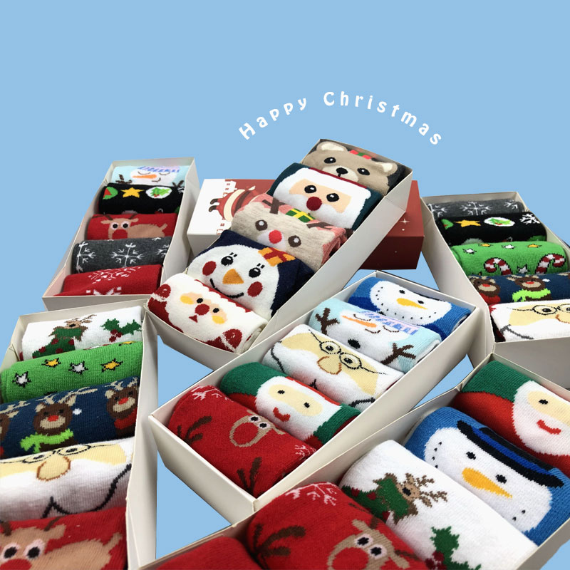 SP&CITY 5Pairs Cartoon Happy Christmas Socks Set Women Winter Cute Cotton Sock Hipster Unisex High Socks Christmas Gift Box Sox