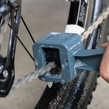 Plastikowy motocykl łańcuch rowerowy szczotka do czyszczenia biegów Grunge Brush MTB Mountain Bike maszyna podkładka szczotka do szorowania zestaw do oczyszczania roweru tanie i dobre opinie CN (pochodzenie) Support Bicycle Chain Clean Brush Bike Machine Washer Brush Bike Gear Grunge Brush Cycling Clean Kit Motorcycle Chain Clean Brush