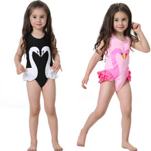 new summer baby swan swimsuit fashion ruffle flamingo kids swimsuit cute baby beach wear with matching hat free shipping yz066 Ins2019 Summer Swan Flamingo Style Beach-wear With Hat Children Girl Baby One-piece Swimsuit Hot Spring Swimwear Surfing Clothes