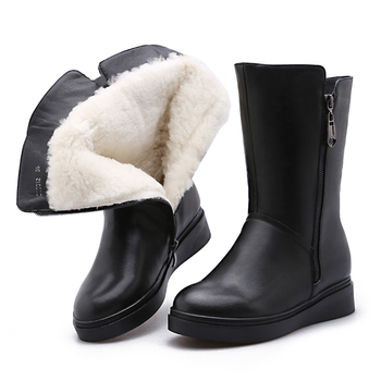 2019 New Winter Cowhide Wool Boots In-tube Leather Boots Non-slip Wedges Flat Boots Black Warm Winter Boots Women Snow Boots
