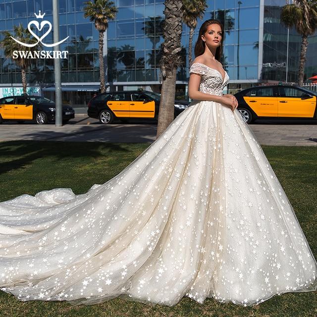 Sweetheart Princess Ball Gown Wedding Dress 2020 Swanskirt Off Shoulder Beaded Long Train Bridal Illusion Vestido de noiva F305