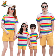 Family Look Summer Father Son Mother Daughter T-Shirts Short Pants Men Boy Outfits Family Matching Clothes Women Girl Set family look clothing 2020 summer mother daughter dress family matching outfits father son t shirt short pants clothes set