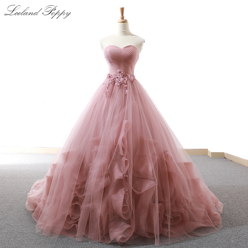 Elegant Strapless A-line Tulle   Evening     Dresses   Sleeveless Tiered Floor Length robe de soiree Pleated Formal Gowns with Flowers