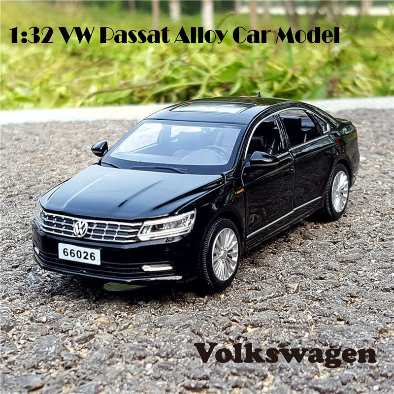1:32 Passat VW Volkswagen Diecast Scale Toy Car Models 6 Openable Doors Metal Model Sound And Light Pull Back SUV Toys For Kids