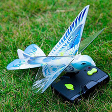 RC Animals Remote control flying bird toy RC Airplane 2.4 GHz Remote Control Flying Birds Electronic Mini Drone Toys PVC+foam funny flying fairy dolls toy infrared induction control flying angel dolls for girls remote control flying electronic toys kids