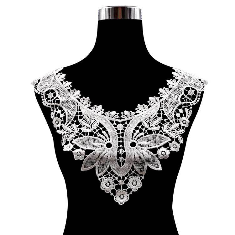 Water-soluble Collar Polyester Silk Embroidery Collar DIY Lace Accessories Hollow Chest Three-dimensional Collar