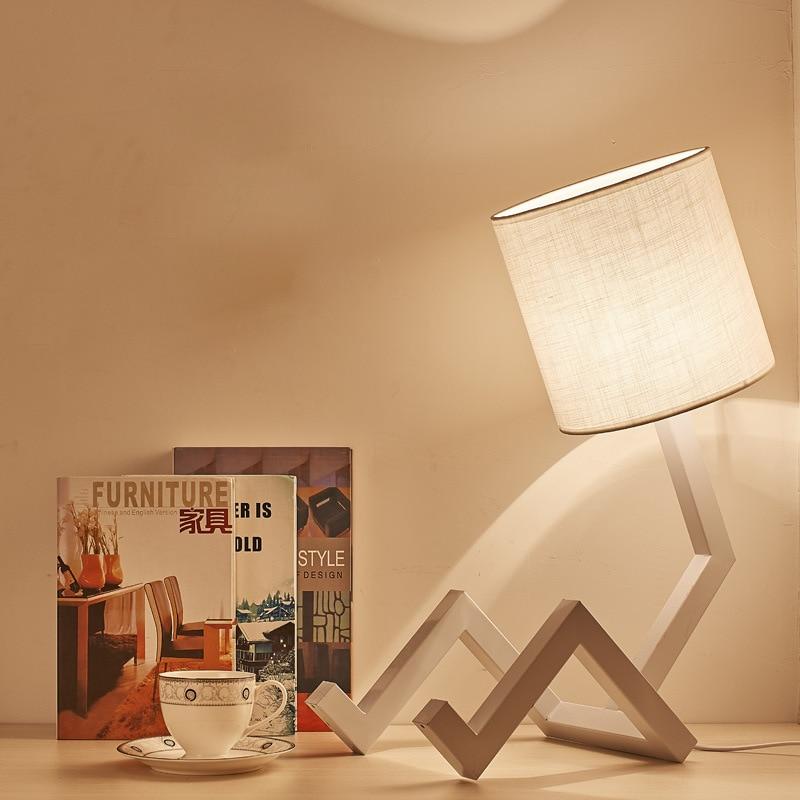 Northern Europe Bedroom Bedside Figure Desk Lamp Modern Concise Originality Student Dormitory Fabric Art Solid Wood Desk Lamp