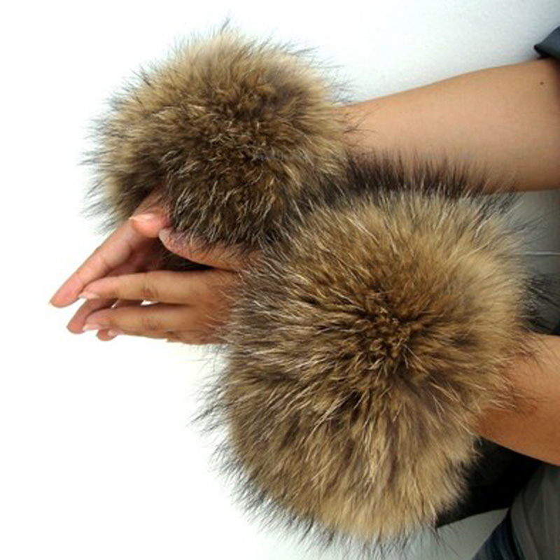Women ACC. 100% Genuine Fox Fur Cuffs Femme Real Raccon Fur With Clap Ring Arm Warmer Luxury Cuffs Bracelet Wristband Streetwear