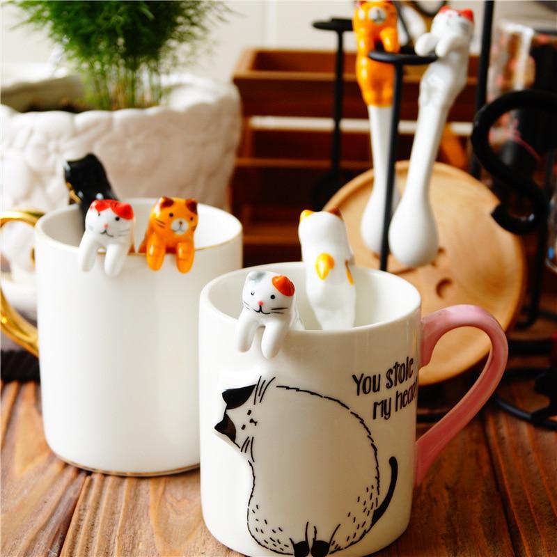Cute Ceramic Cartoon Cat Animal Spoon Hanging Coffee Dessert Spoon Unique Ice Cream Flatware Kitchen Tool