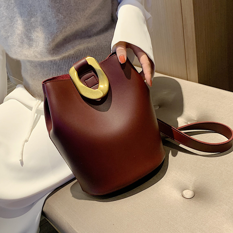 Vintage Buckets Bag Designer Metal Lock Women Shoulder Bags Luxury Pu Leather Crossbody Bag Large Capacity Totes Female Purses