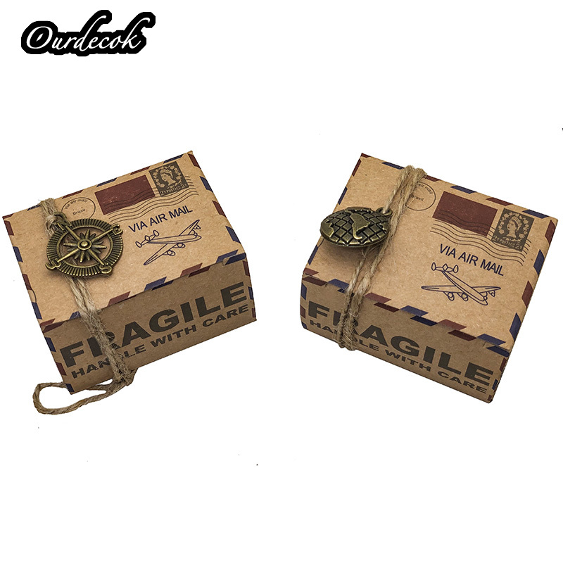 100pcs Vintage Favors Kraft Paper Candy Box Travel Theme Airplane Air Mail Gift Packaging Box Wedding Souvenirs scatole regalo-in Gift Bags & Wrapping Supplies from Home & Garden