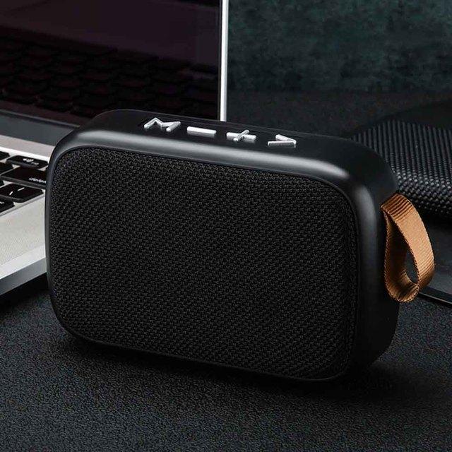 كمبيوتر محمول مكبر الصوت اللوحي الذكي FM لاسلكي قابل للشحن صغير محمول المنزل سمّاعات بلوتوث TF بطاقة ستيريو الصوت المحيطي