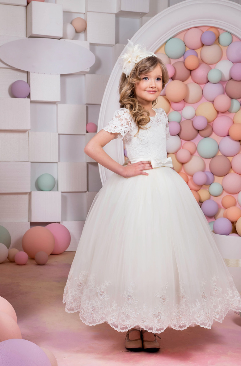 Cap Sleeves 2019 Flower Girl Dresses For Weddings Ball Gown Tulle Appliques Pearls Long First Communion Dresses Little Girl