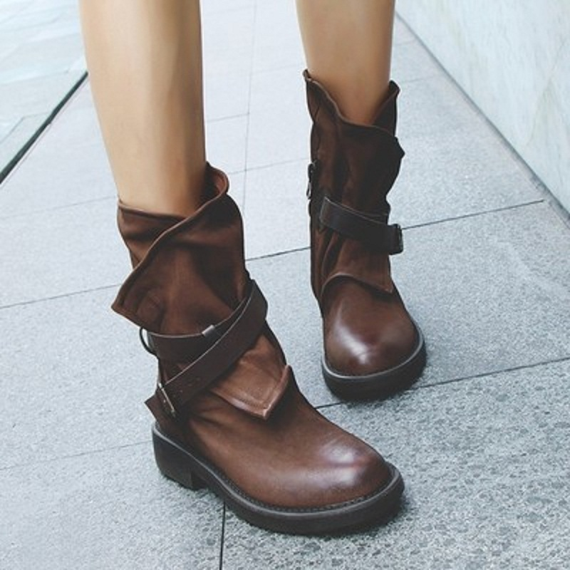 2019 new women's Europe and America ladies leather ladies leather boots Martin boots retro dark black old pleated single boots