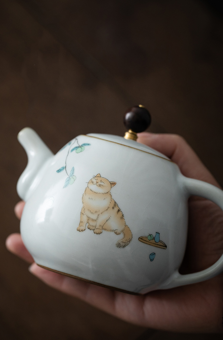 LUWU kawaii cat ceramic teapot traditional chinese tea pot 280ml