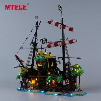 Mteleブランドledライトのためのアイデアシリーズ海賊バラクーダベイおもちゃの照明 21322 と互換性設定