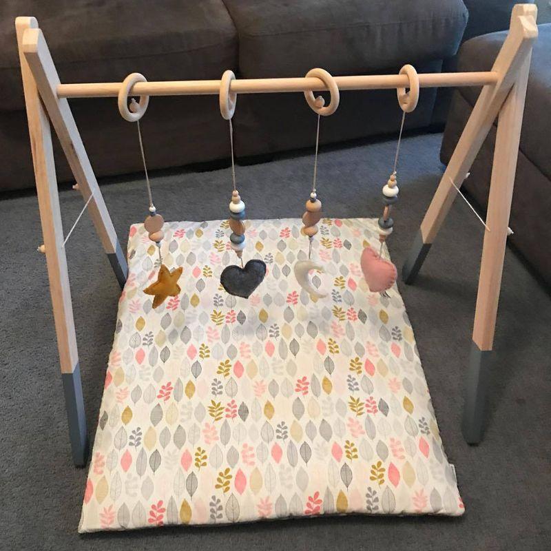 bercario anel sensorial puxar brinquedo de madeira infantil 03