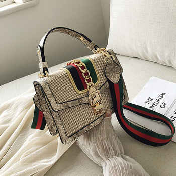 box design chinese tower print pu leather ladies bucket bag chain shoulder bag crossbody mini messenger bag for women handbag Small Crocodile Print Flap Bags For Women 2019 Leather Mini Handbag Ladies Shoulder Bag Lady Messenger Crossbody Hand Bag