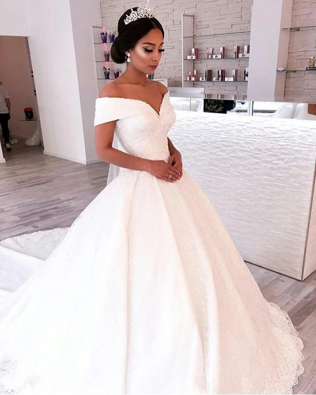 Simple Bridal Wedding Dresses White V-Neck Off The Shoulder Satin Criss-Cross Court Train Lace-Up Ball Gown Dresses For W