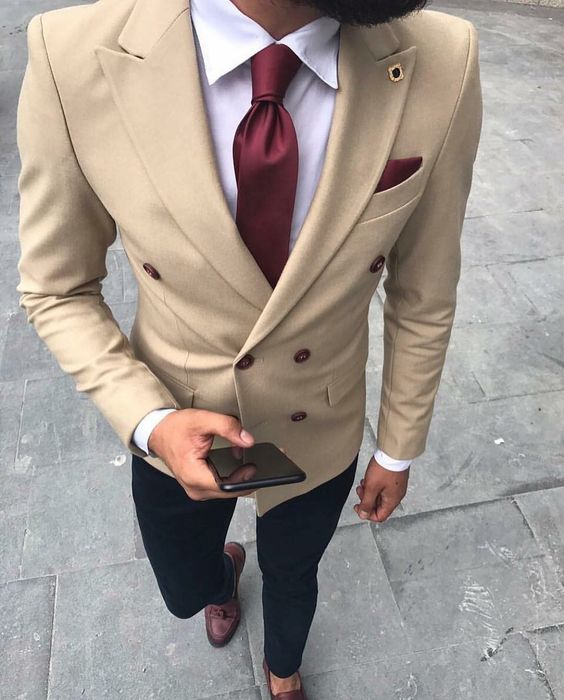 Tailored Made Khaki Beige Double Breasted Blazer Black Pants Slim Fit Business Suit Men Ternos Party Prom Wedding Suits 2 Pieces