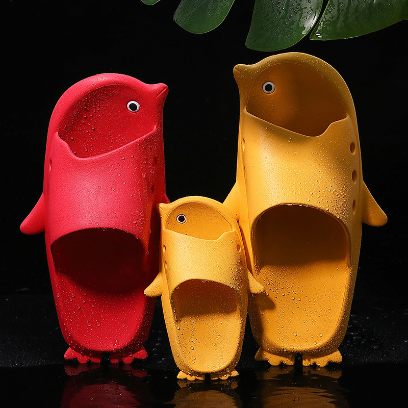 Cute Penguin Slippers Women Summer Fashion Animal Indoor Outdoor House Shoes Beach Non Slip Bathroom Slipper Men Ladies Slide