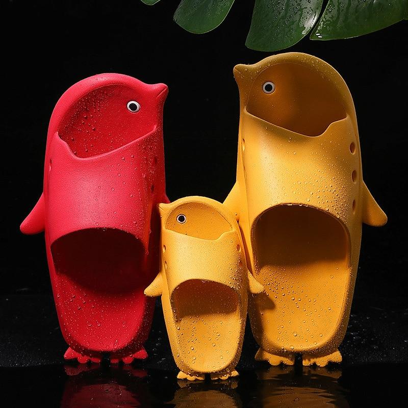 Cute Penguin Slippers Women Summer Fashion Animal Indoor Outdoor House Shoes Beach Non Slip Bathroom Slipper Men Ladies Slide