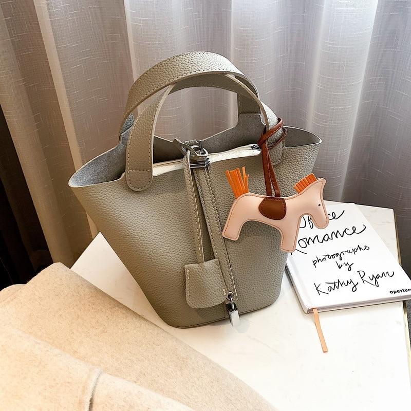 Designer Women Handbag Soft Leather Bucket Bag Casual Tote Bag High Quality Pu Leather Solid Color Composite Bag 2019 New