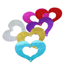 Laser PVC bead piece wedding decoration balloons sequins heart-shaped pendant 25 g about 70 pieces